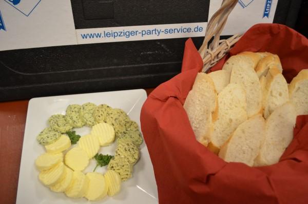 Baguette mit Kräuterbutter & Knoblauchbutter